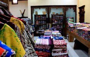 Koleksi dan Sentra Batik di Kampoeng Batik Jetis khas Sidoarjo
